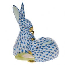 Herend Porcelain Fishnet Figurine of a Pair of Rabbits with Corn